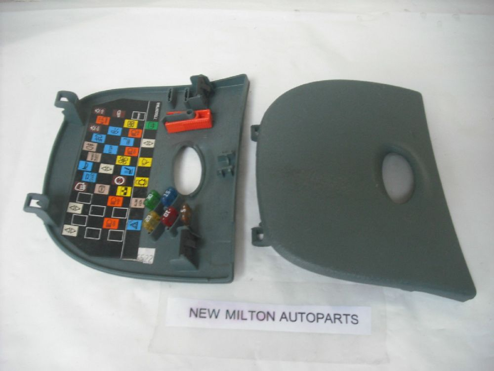 Audi A2 Fuse Box Cover : Renault scenic mk dash fuse box cover trim